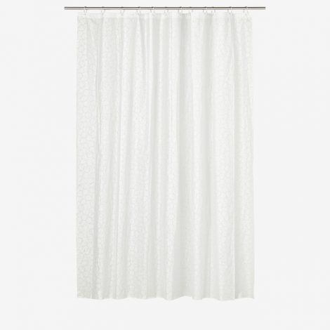 shower-curtain-1411270